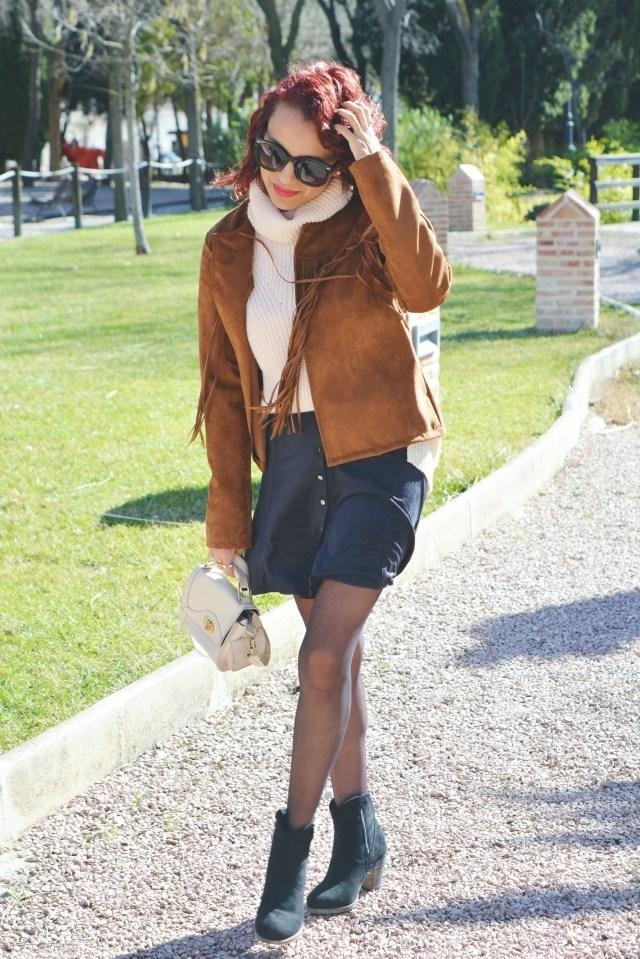 look-con-chaqueta-y-falda-de-ante-4