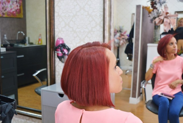 Corte de pelo y Alisado brasileño