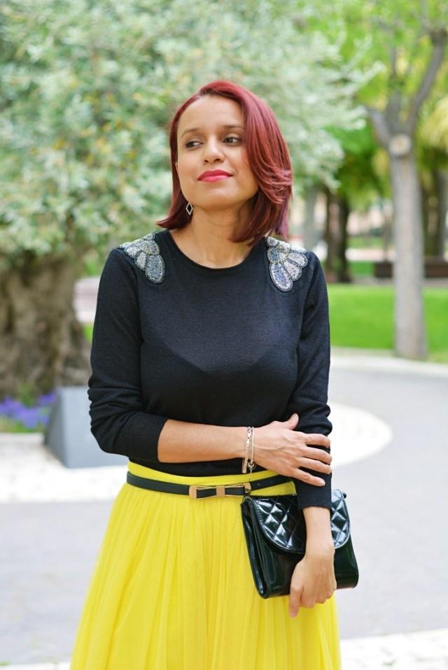 Jersey y falda de tul amarilla