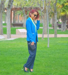 https://gabbysweetstyle.com/2017/04/05/como-combinar-colores-alegres-en-un-look-formal/