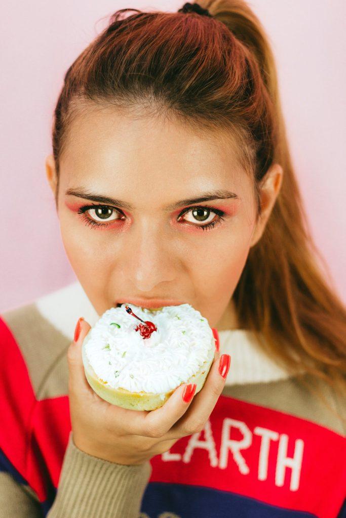 5 хитростей для тех, кто хочет побороть тягу к сладкому