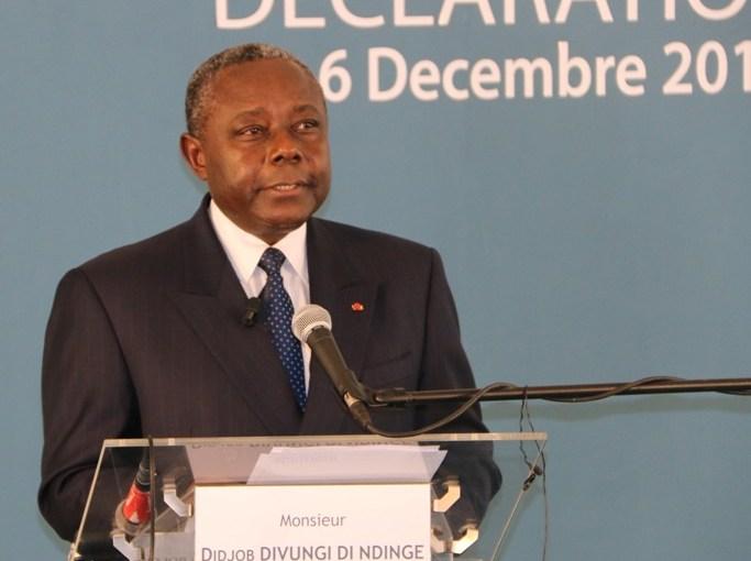 Didjob Divungi Di Ndinge bascule dans l'opposition radicale