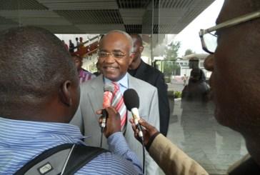 Jean Eyeghe Ndong et ses amis finalement à Paris