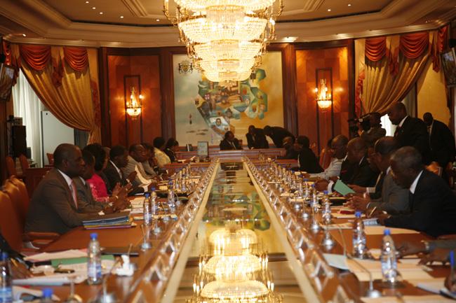 Communiqué final du conseil des ministres du 10 avril 2015