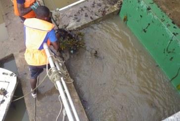 Une inondation à l'origine de la pénurie d'eau à Libreville