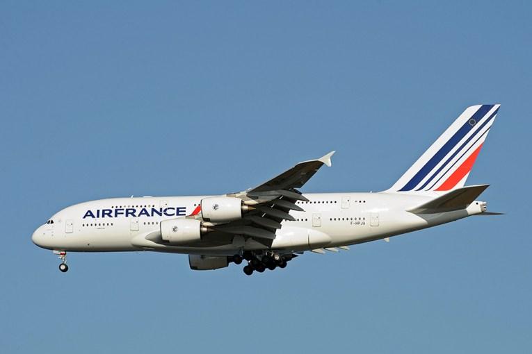Le ministre gabonais de la Santé s'est fait dérober 37.000 euros en liquide pendant un vol Libreville-Paris