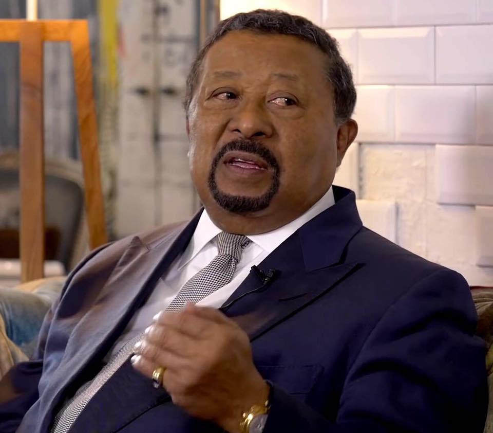 Jean Ping offre une choucroute à la presse ce vendredi à Libreville