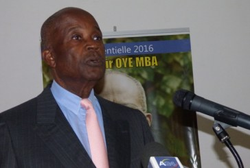 Urgent : Casimir Oyé Mba empêché de quitter le Gabon vendredi pour la France
