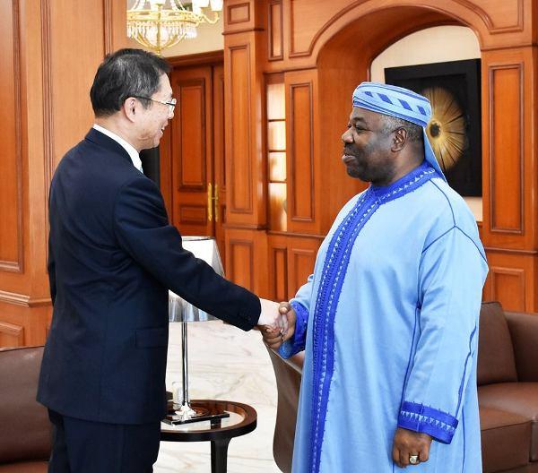 Ali Bongo prépare un nouveau voyage en Chine