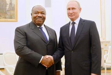 Ali Bongo et Vladimir Poutine la main dans la main pour une coopération plus agissante