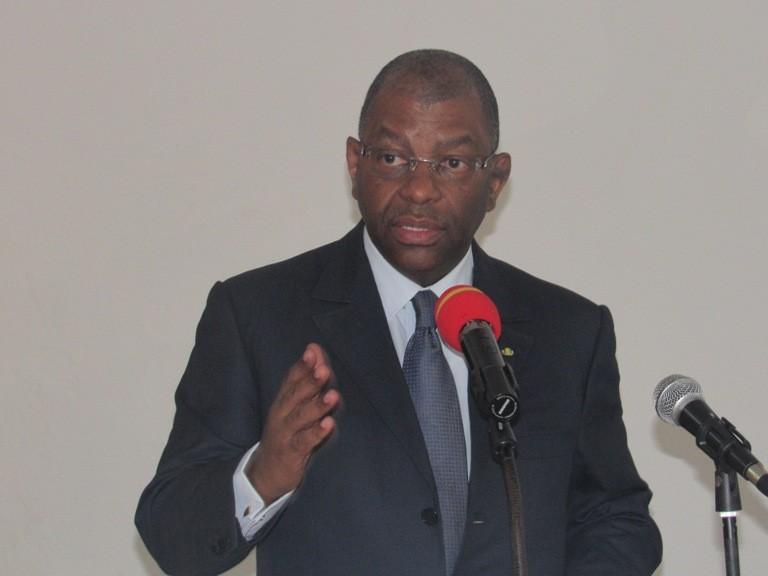 Les abus d'autorité radicalisent  les gabonais selon l'opposant Barro Chambrier