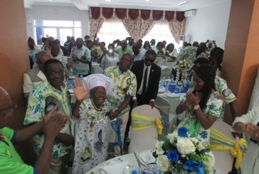 Le PDG a célébré avec honneur sa militante Marie Catherine Mapaga pour ses 100 ans de vie