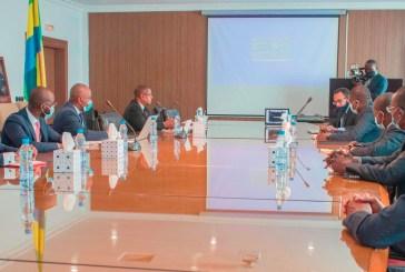 Economie : le Gabon signe un pacte d'associé avec la BID