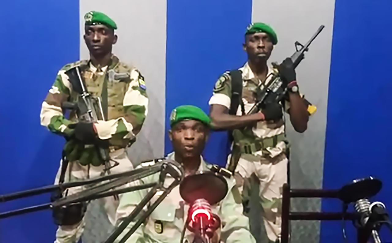 Julien Nkoghe Bekale nommé Premier ministre — Gabon
