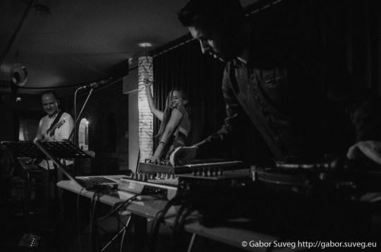 Bin-Jip - Heavy - Lemezbemutató turné @ Bugócsiga Akusztik Garden / 12 © Gabor Suveg