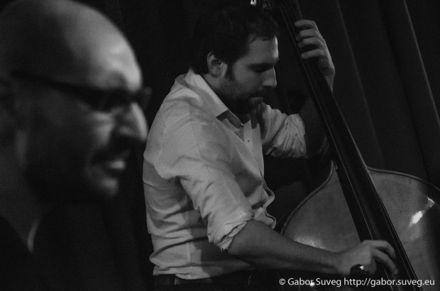 DRESCH MIHÁLY feat. GÁSPÁR KÁROLY TRIÓ @ BÚGÓCSIGA / 10 © Gabor Suveg