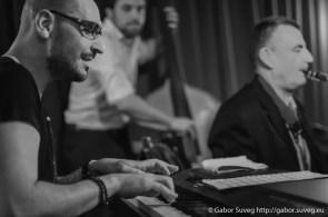 DRESCH MIHÁLY feat. GÁSPÁR KÁROLY TRIÓ @ BÚGÓCSIGA / 1 © Gabor Suveg