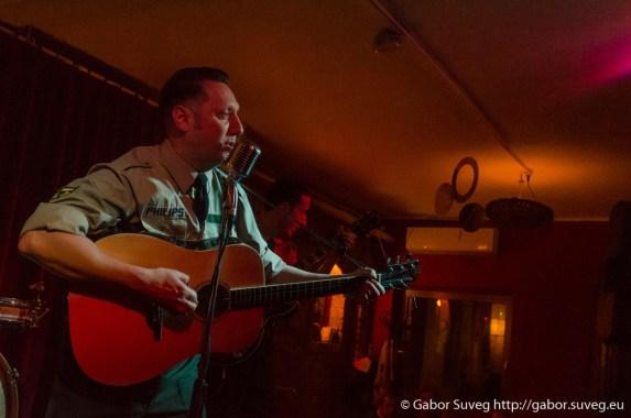 Ed Philips and the Memphis Patrol koncert / Support: Johnny Favourit' (A/HU) @ Búgócsiga Akusztik Garden / 3 © Gabor Suveg