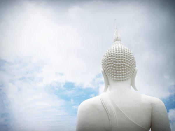 mindful-thoughts-buddha-sky