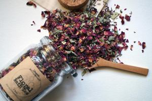 Floral Bath Tea Gift Ideas For Tea Lovers