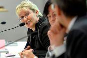 Fraktion-vor-Ort Entwicklungszusammenarbeit mitgestalten Gabriela Heinrich Moderation