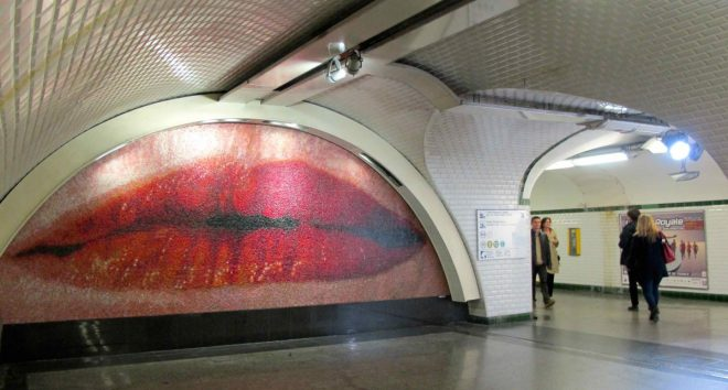 Paris Metro Station Kunst