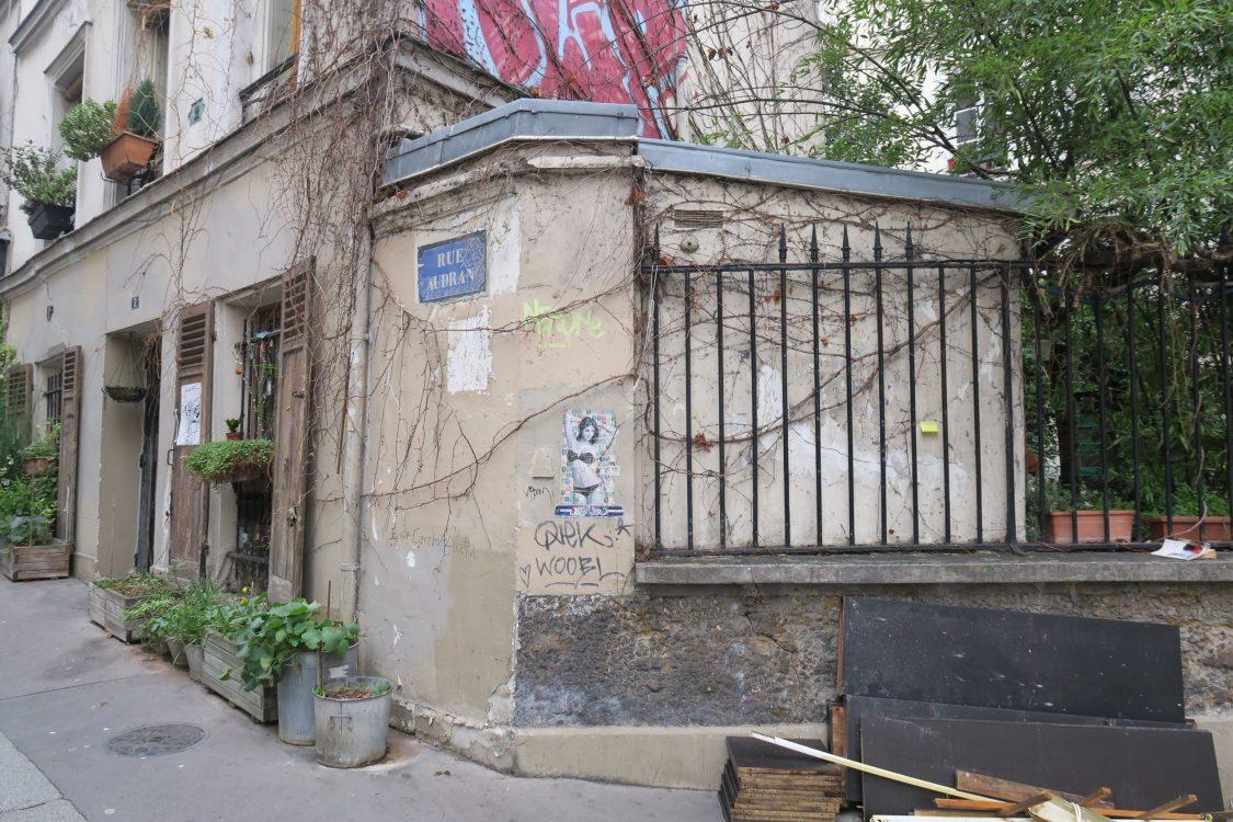 Intra La Rue Rue Audran