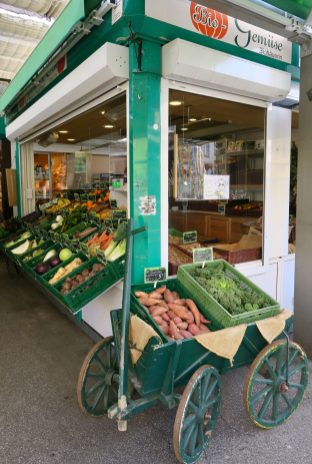 Düsseldorf Markt Carlsplatz Bio-Stand