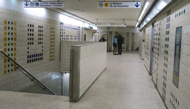 Kunst-Metrostation-Paris