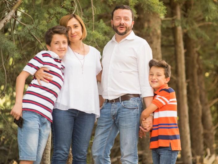 4b3efec2-783a-4fb3-96e1-d23452097185 Family Portrait / Ritratti di Famiglia