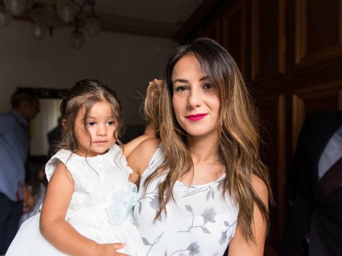 Bambina-Battesimo-Famiglia-14 Fotografo di Battesimo Cosenza Corigliano Rossano