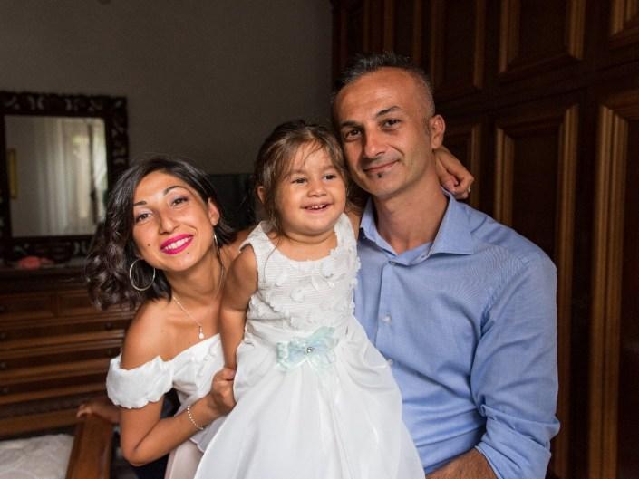 Bambina-Battesimo-Famiglia-15 Fotografo di Battesimo Cosenza Corigliano Rossano