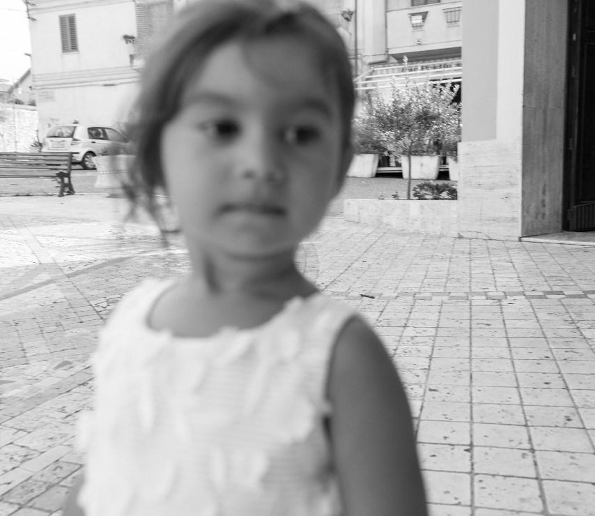 Bambina-Battesimo-Famiglia-21 Fotografo di Battesimo Cosenza Corigliano Rossano