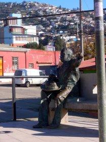 Huidobro in Plaza de los Poetas, Valparaíso