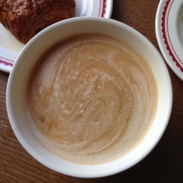 Bowl sized latte