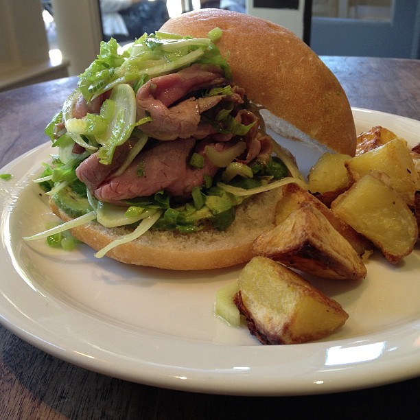 Lunch special today: roast beef with avocado