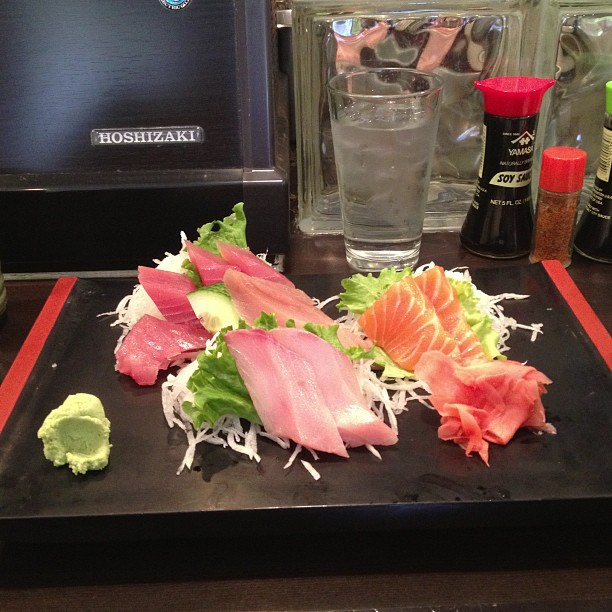 Sashimi sampler - tasty!