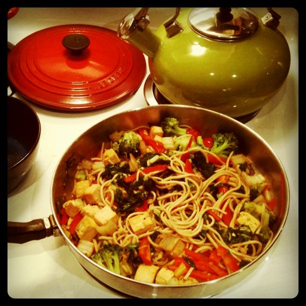 Soba noodle tofu veggie stir fry nom nom