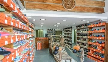 S-KARP deschide primul magazin din București