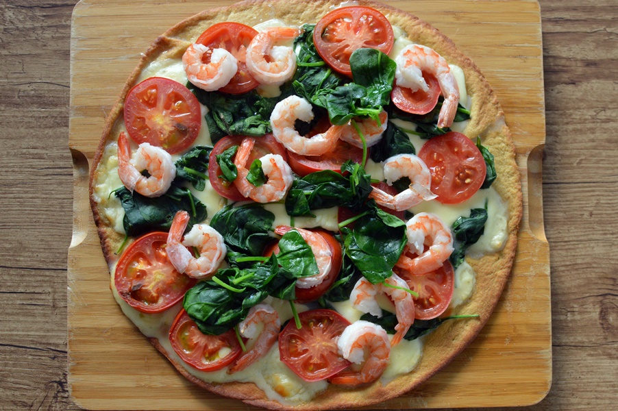 PBCo protein pizza with prawns