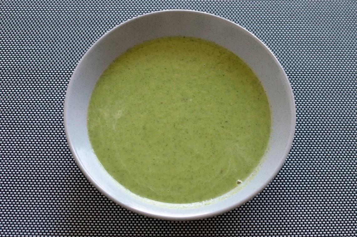 Vegan zucchini and leek soup