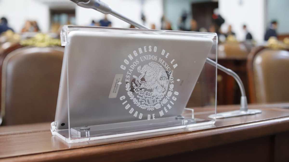 Debe el Gobierno de la Ciudad respetar la Constitución y permitir la participación y opinión del Congreso en los ajustes al Presupuesto de Egresos