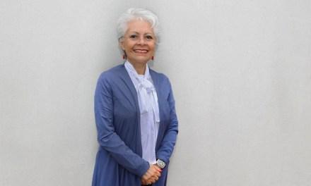 La doctora Ana Cecilia Rodríguez agradece por 36 años en la FM