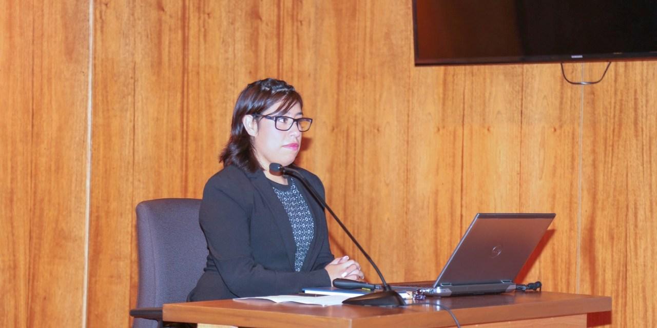 Denisse Chávez, primera titulada por tesis en Ciencia Forense