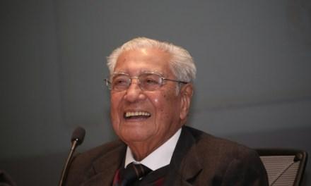 Doctor Humberto Gasca, 67 años de historia en la FacMed