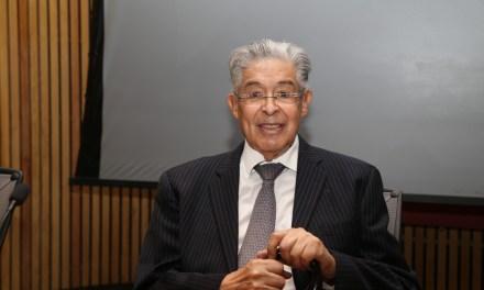 Reconocimiento al doctor Federico Ortiz Quesada, fundador de la Urología moderna