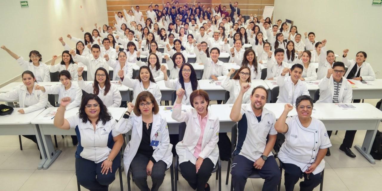 Integran 99 alumnos la octava generación de Fisioterapia