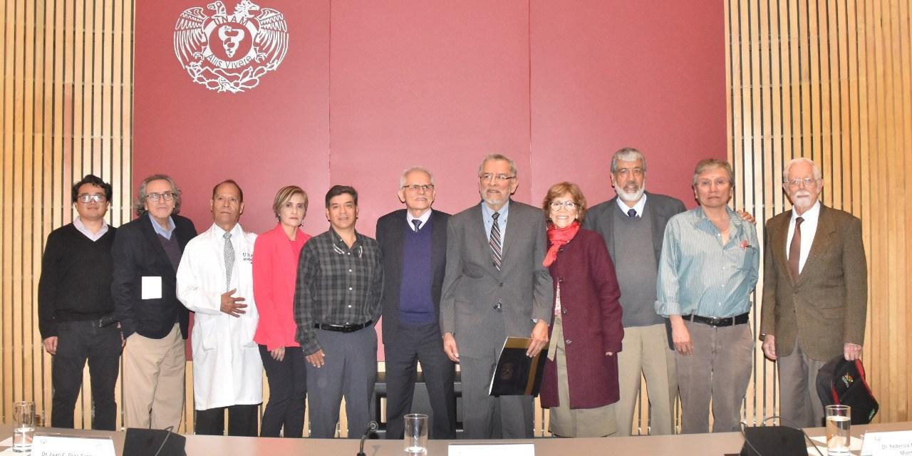 Homenaje a la trayectoria académica del doctor Juan Cuauhtémoc Díaz Zagoya