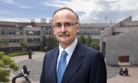 La UNAM reconoce el liderazgo del doctor José Halabe al frente de la DEP
