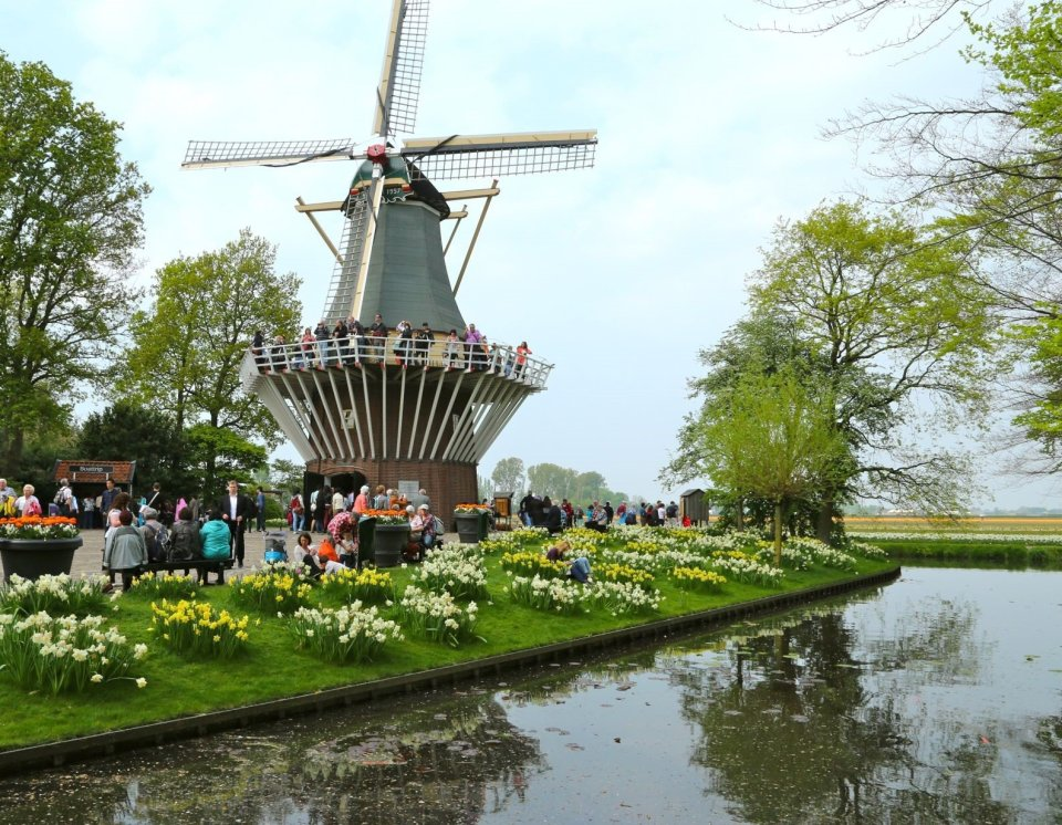 CroisiEurope presenta sus fluviales especiales para Semana Santa ...